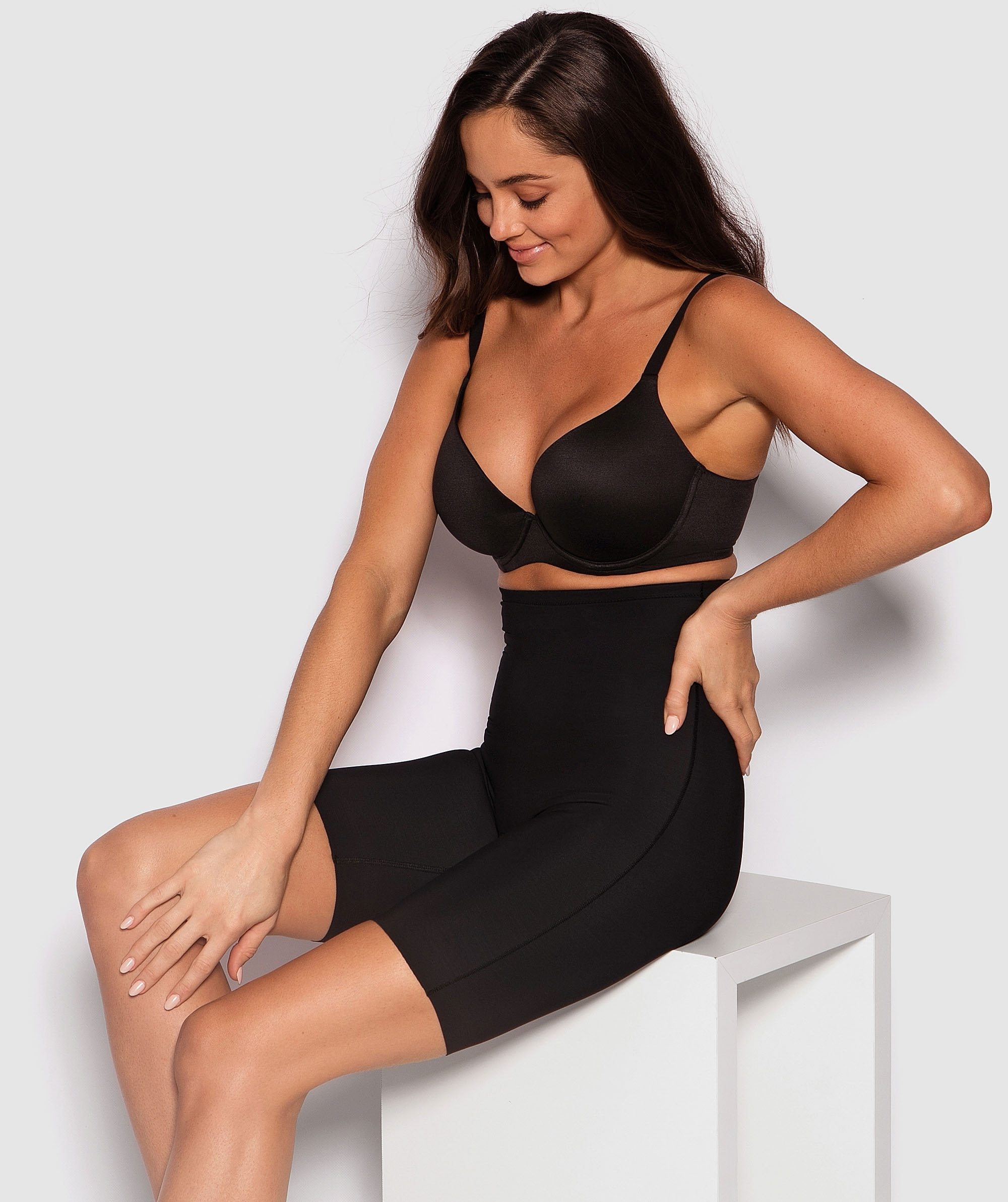 Microfibre Thigh Shaper - Black