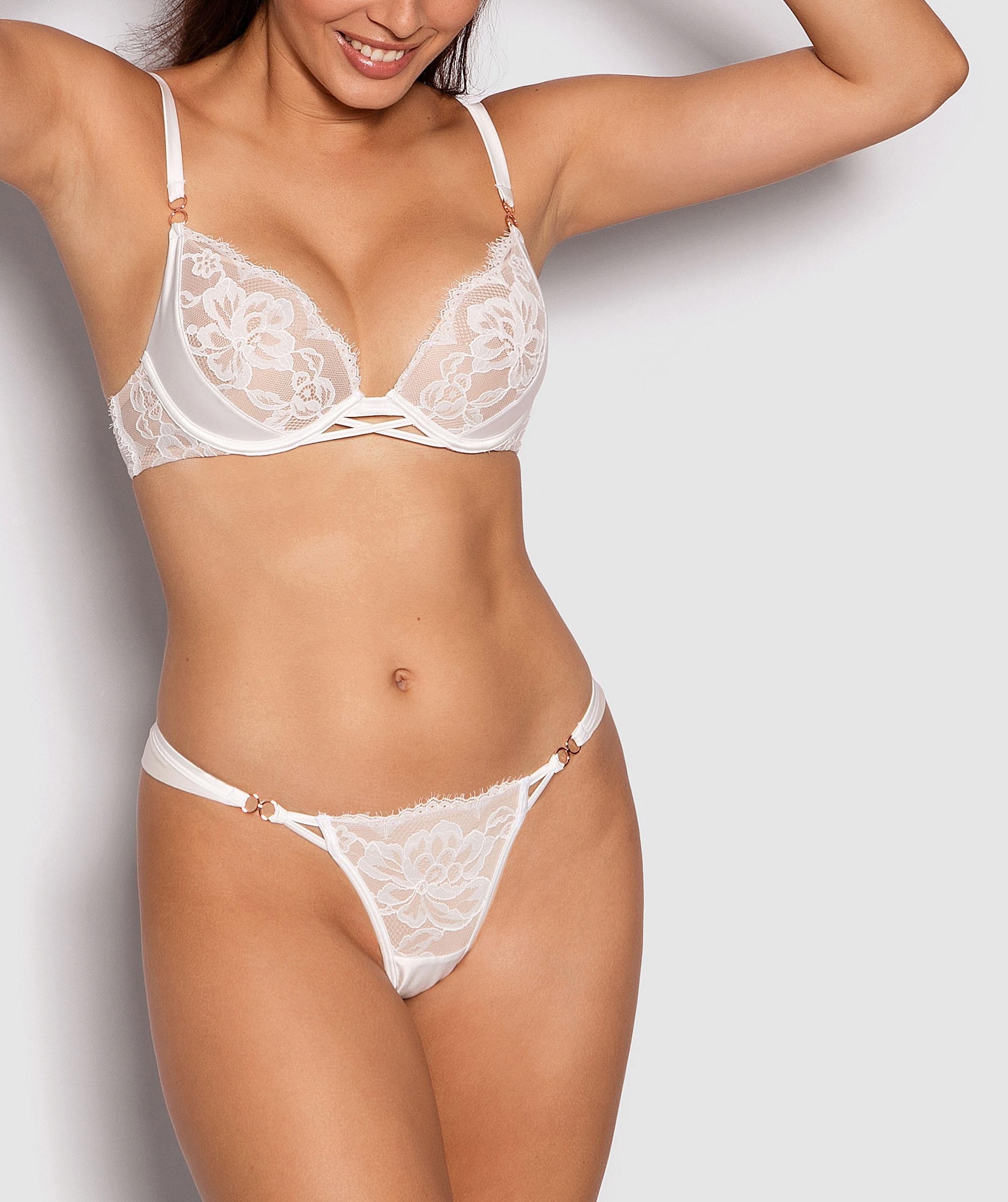 Fashion X Comfort V String Knicker - Ivory/Nude
