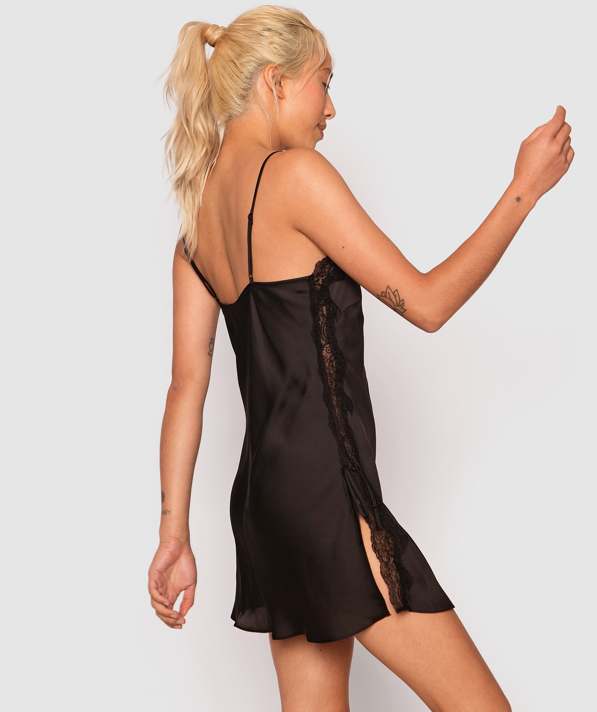 Samantha Slip - Black