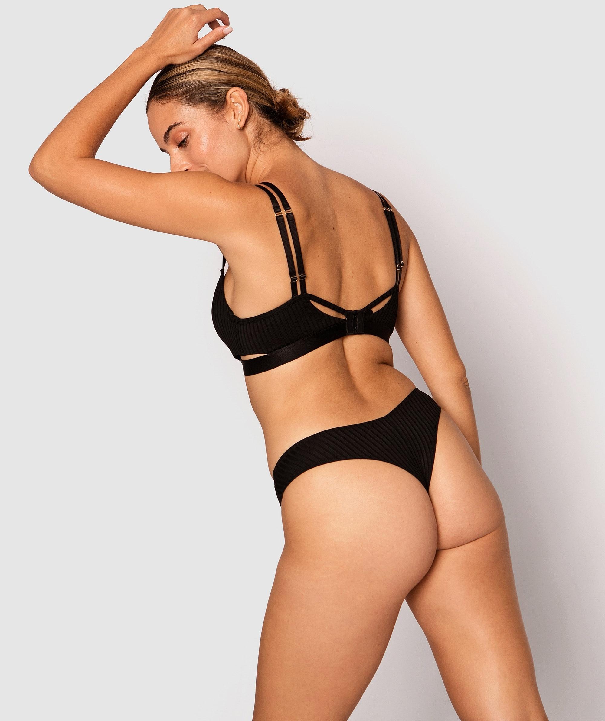 Leisurie V String Knicker - Black