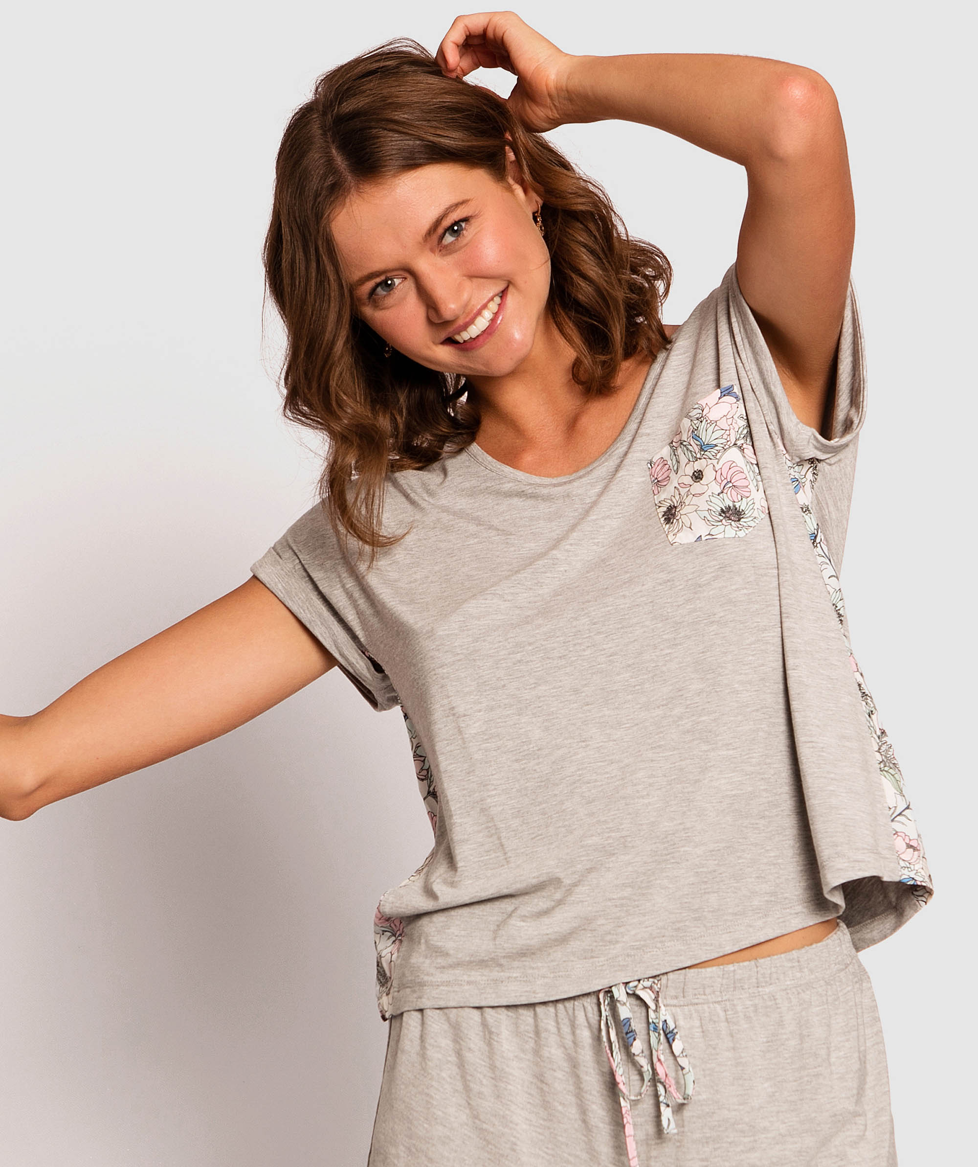 Peggy Bamboo Short Sleeve Top - Grey