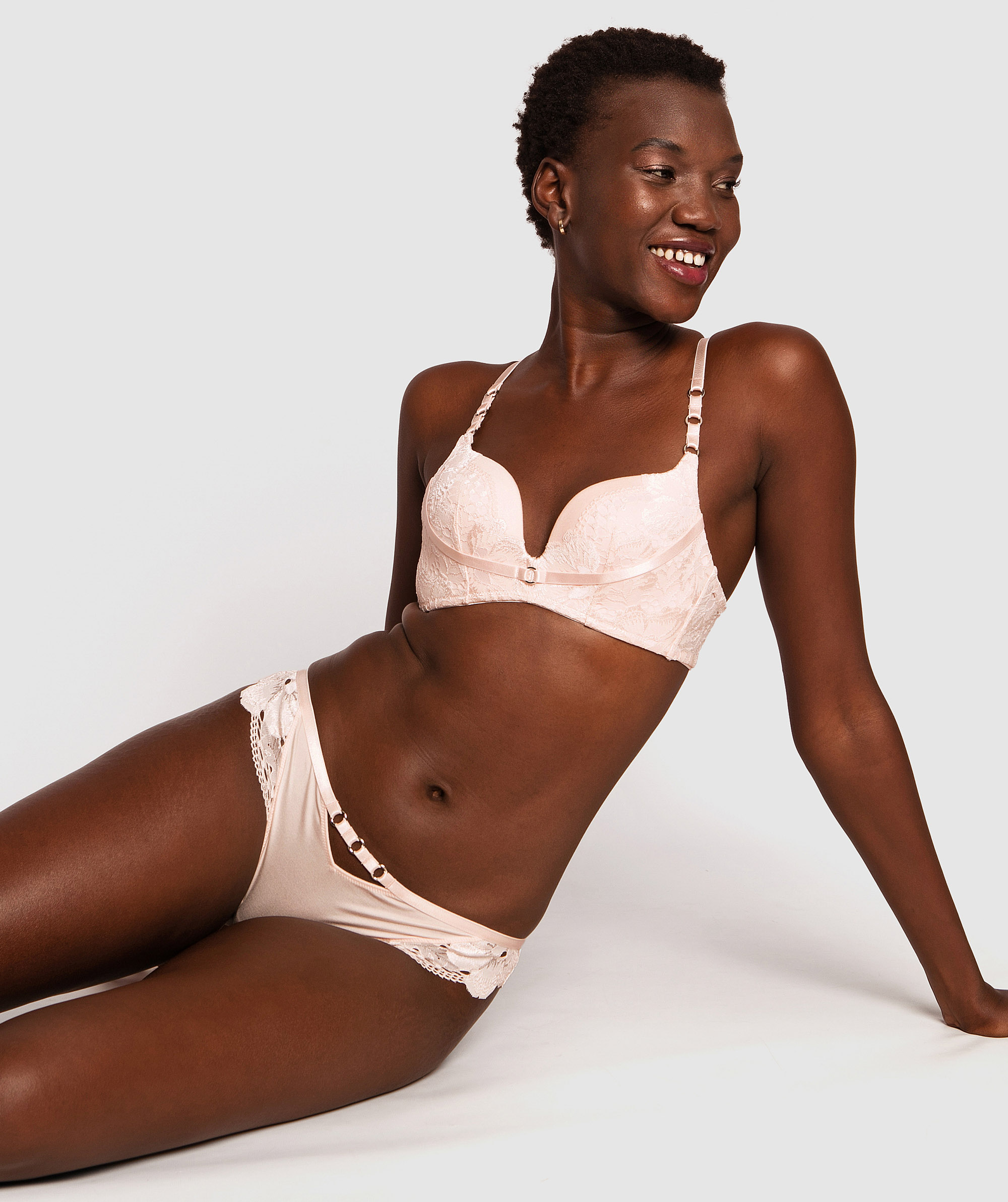 Style By Day Dream Cup Wirefree Bra - Light Pink