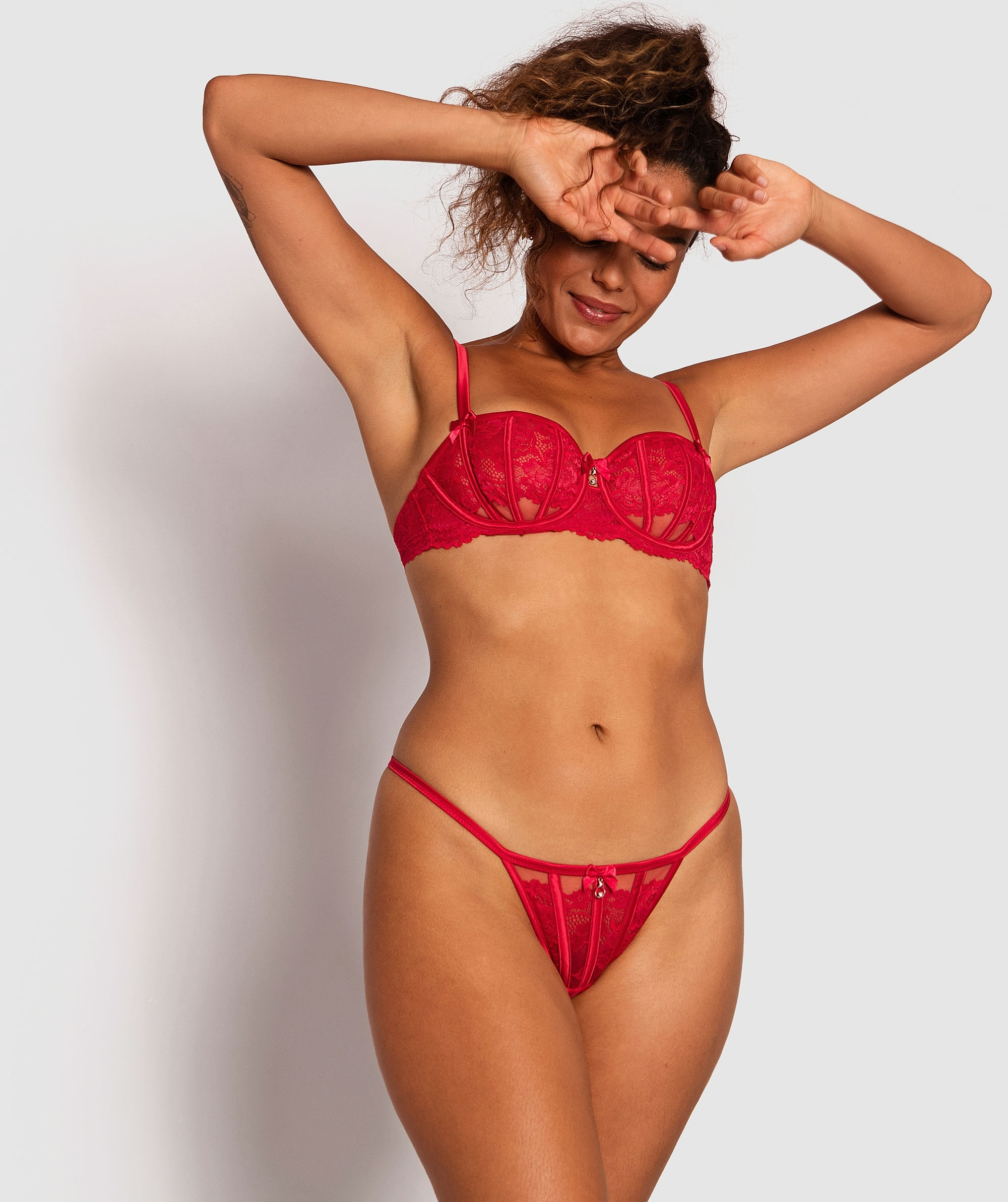 Bethany Mini V Knicker - Red